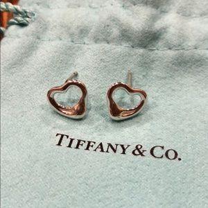 Tiffany&Co Elsa Peretti Open Heart Earrings